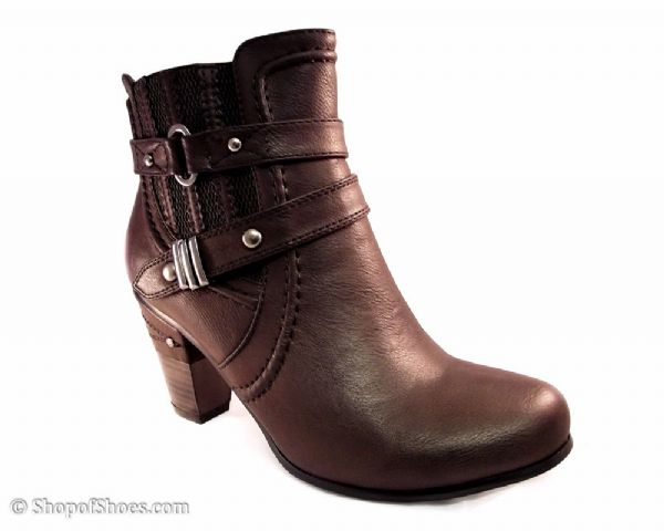 Cats Eys Brown ankle boot.